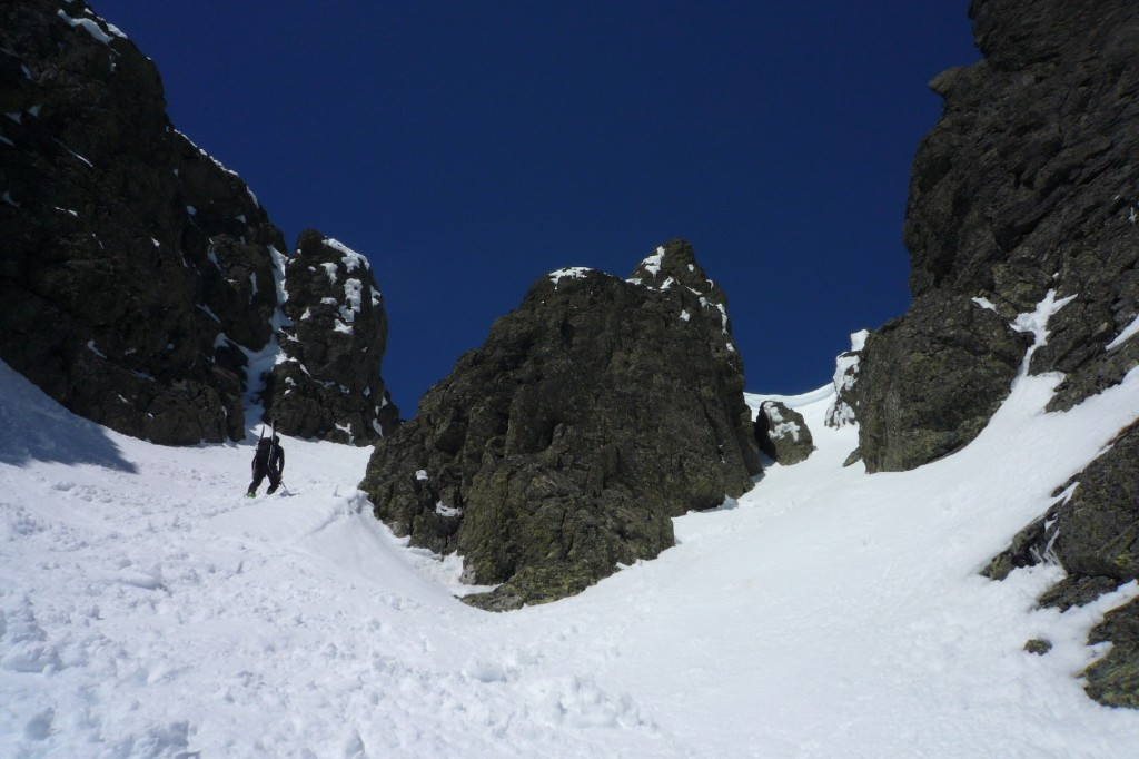 Nearing the summit entrance to the couloir