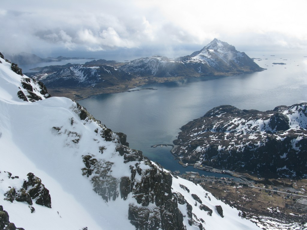 More nice views from the top of the couloir towards Skottind and Napp harbour