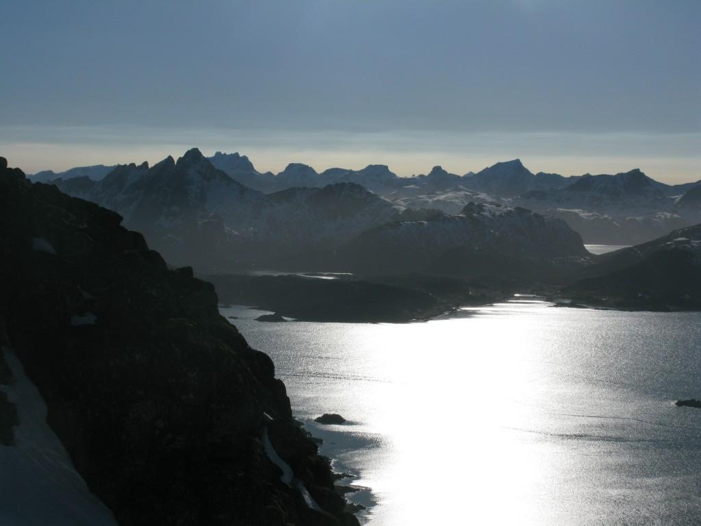 Views from Bulitind looking west